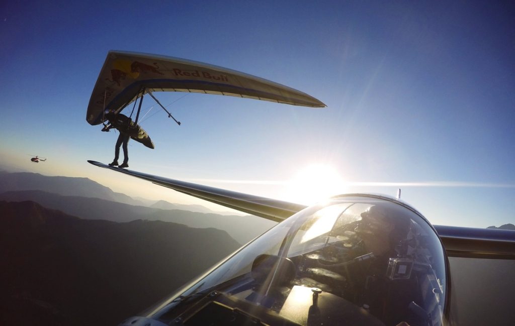 Picture of the Day: Hang Glider Lands on Sail Plane's Wing
