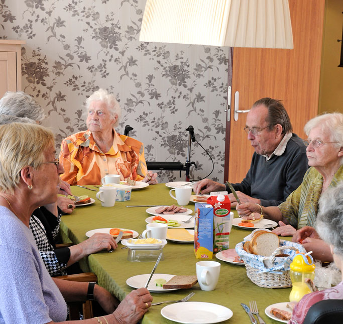 hogewey The Amazing Village in The Netherlands Just for People with Dementia (7)