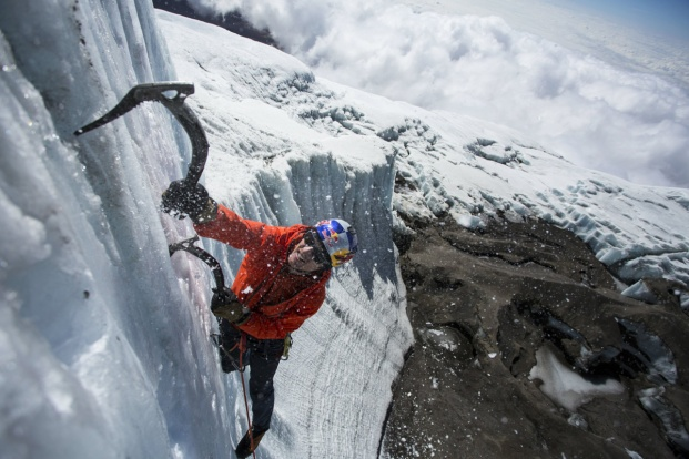 https://twistedsifter.files.wordpress.com/2015/02/ice-climbing-at-the-summit-of-kilimanjaro-will-gadd-red-bull-3.jpg?w=621&h=417