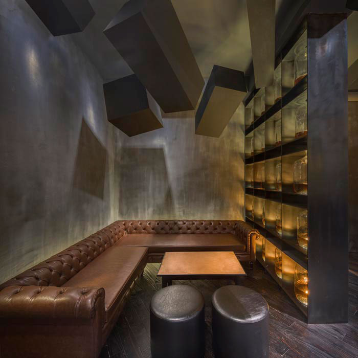 speakeasy bar hidden behind old coke machine in shanghai by alberto caiola (4)