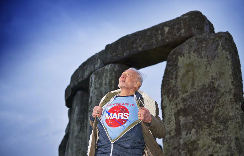 buzz aldrin get your ass to mars nasa stonehenge Picture of the Day: Buzz Aldrins Message to the Cosmos