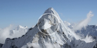 Teton Gravity Debut First-Ever Ultra HD Footage of Himalayas Above 20,000ft