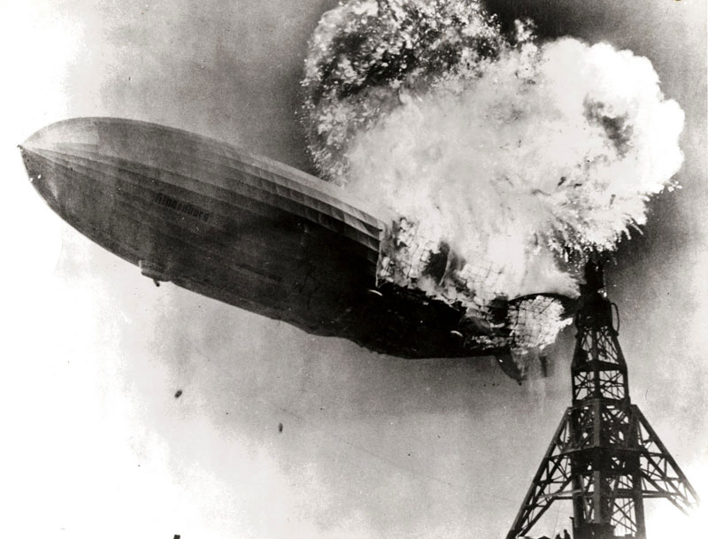 Hindenburg_disaster-burning