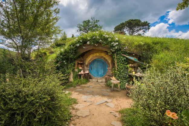 hobbiton movie set tour new zealand (5)