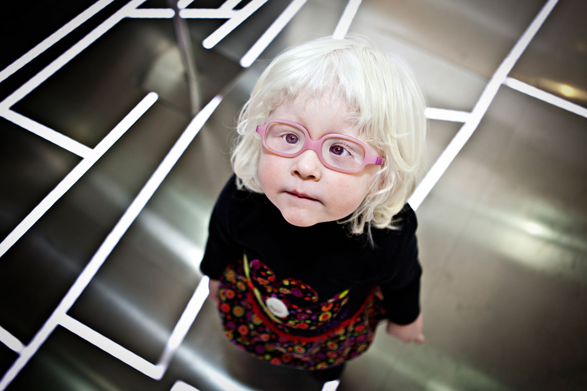 Smithsonian-Photo-Contest-Girl-Glasses