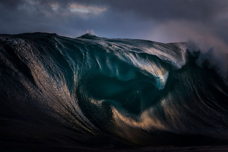 Curves Of A Breaking Wave