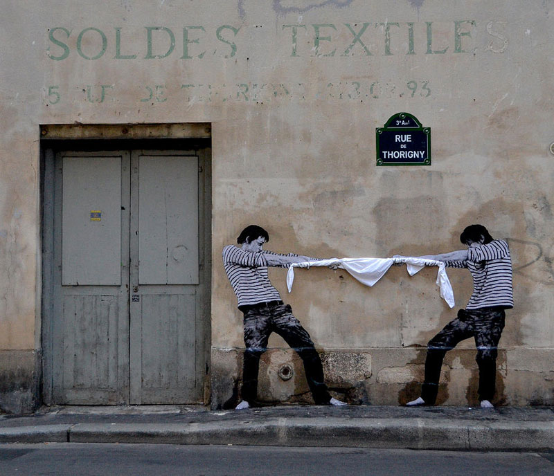 Lovely street art in paris by levalet