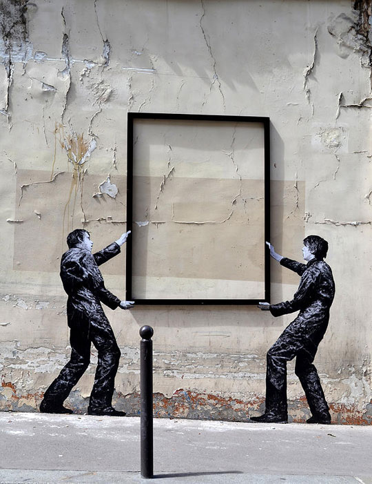 street art in paris by levalet (25)