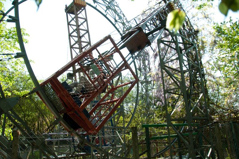 ai pioppi italy human powered theme park (2)
