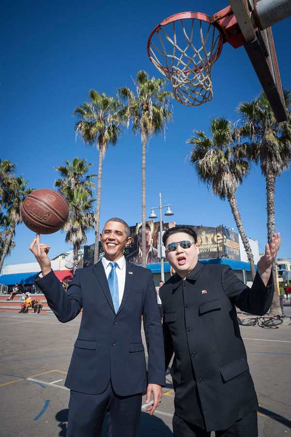 Barack Obama and Kim Jong Un Impersonators Meet in LA (3)