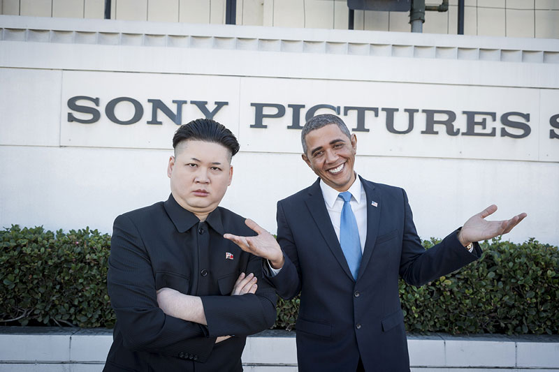 Barack Obama and Kim Jong Un Impersonators Meet in LA (5)