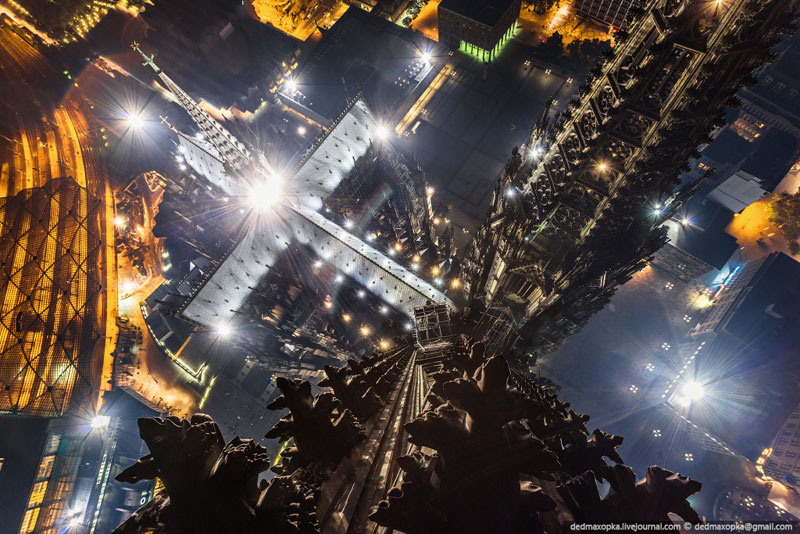 cologne cathedral at night from top of spire looking down Picture of the Day: Cologne Cathedral from the Top of a Spire