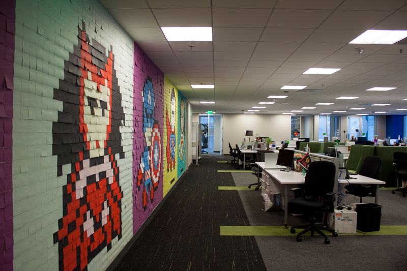 Employee Uses Post-Its to Turn Drab Office Walls Into Giant Superhero Murals (16)