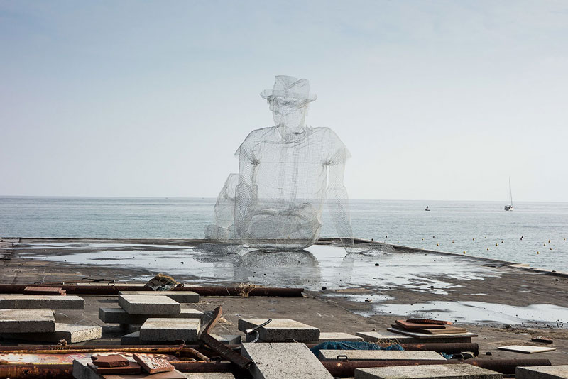 figurative wire mesh sculptures by Edoardo Tresoldi (11)