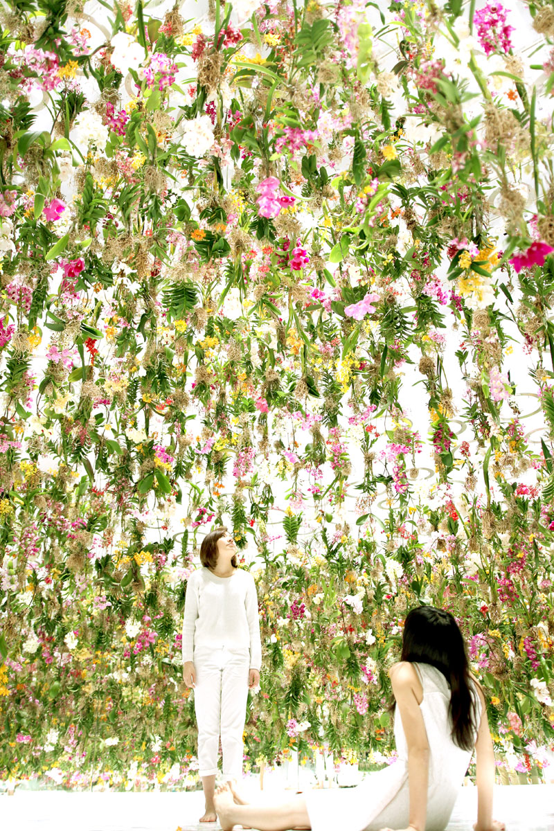 Floating-Flower-Garden_by_teamlab_japan (9)