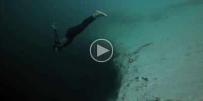 What Freediving Into a Blue Hole Abyss LooksLike