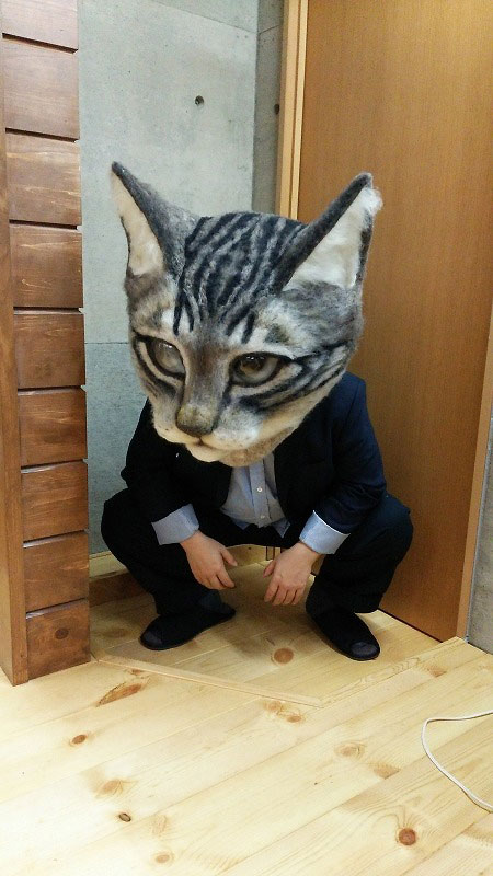 giant cat head you can wear japan (15)