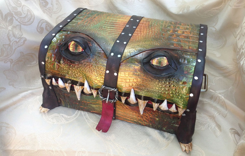 leather monster bags and boxes by mellie z fine line leather design (19)