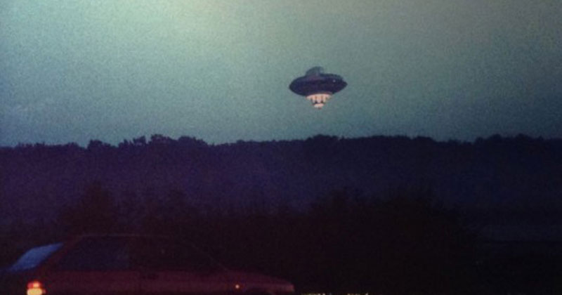 The Time Richard Branson Flew a UFO Over London in an ETCostume