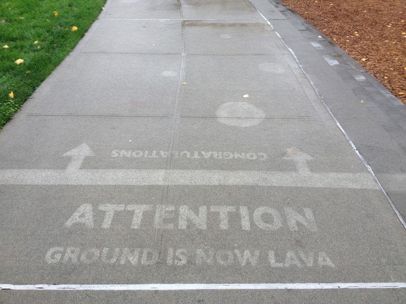 sidewalk art only appears when it rains peregrine church rainworks (10)