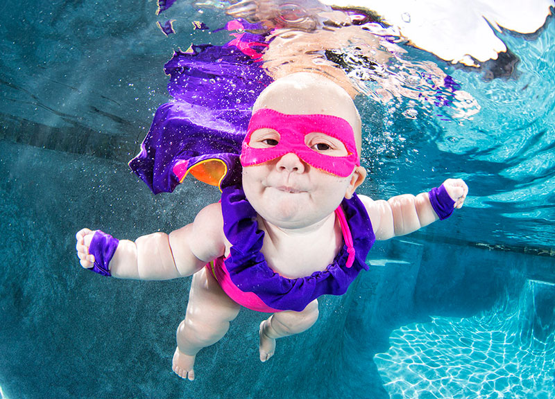 Underwater Photos of Babies Exploring a Brand New World seth casteel (1)