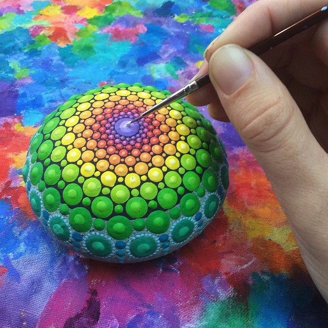 10431460 920126384711996 232909808499479467 n Artist Finds Beautiful Beach Stones and Covers Them in Tiny Dots of Paint