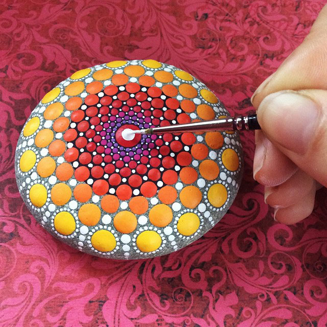 10440626 888953931162575 182299803657089596 n Artist Finds Beautiful Beach Stones and Covers Them in Tiny Dots of Paint