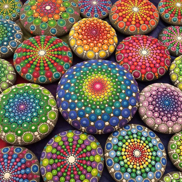 11034242 908664412524860 7286069903630708630 n Artist Finds Beautiful Beach Stones and Covers Them in Tiny Dots of Paint