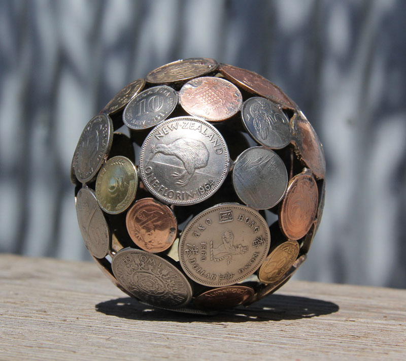 Artist Turns Discarded Keys and Coins Into Works of Art (8)