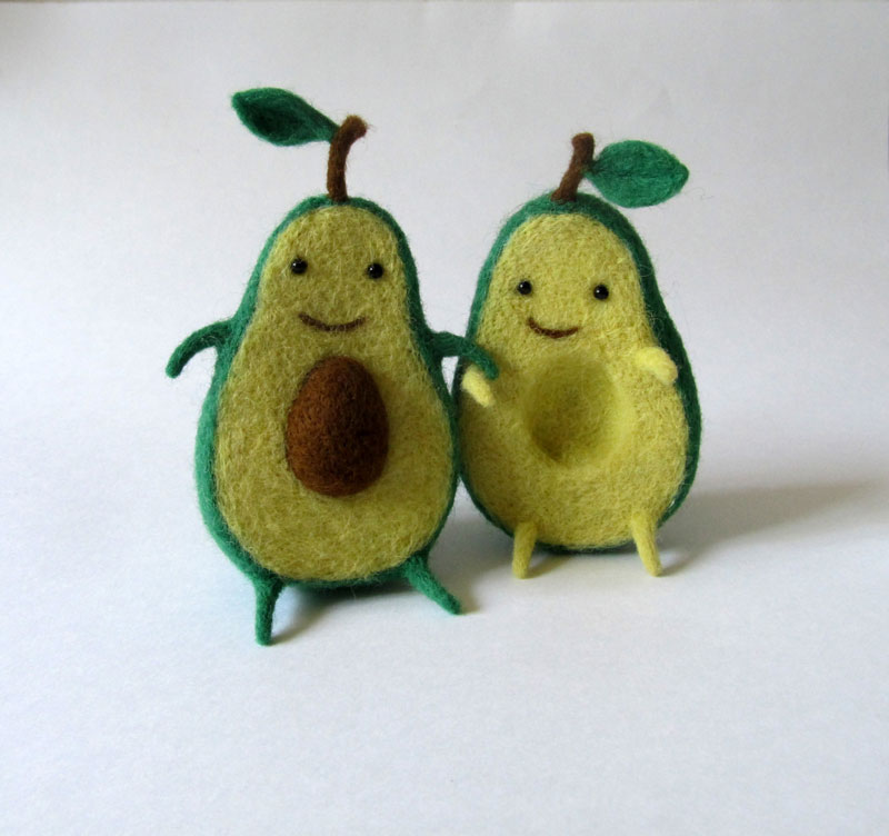 avocado plush toy hugging by hanna dovhan (3)