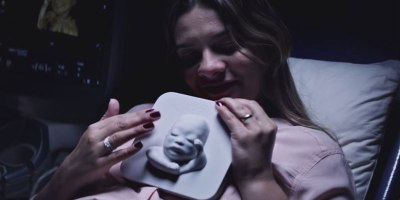 Blind Mom-to-be Gets 3D Printed Ultrasound So She Can Meet Her BabyBoy