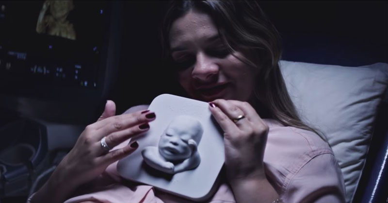 Blind Mom-to-be Gets 3D Printed Ultrasound So She Can Meet Her Baby Boy
