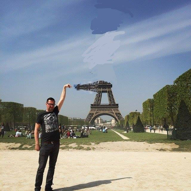 eiffel tower photoshop 4chan (25)