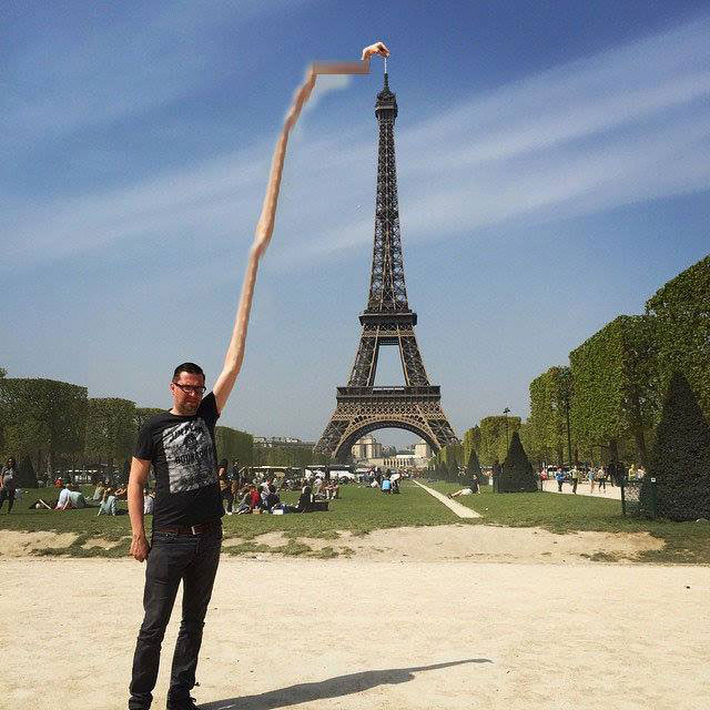 eiffel tower photoshop 4chan (37)