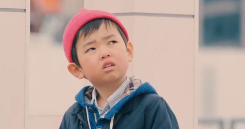 japanese-kids-react-to-strangers-dropping-their-wallets