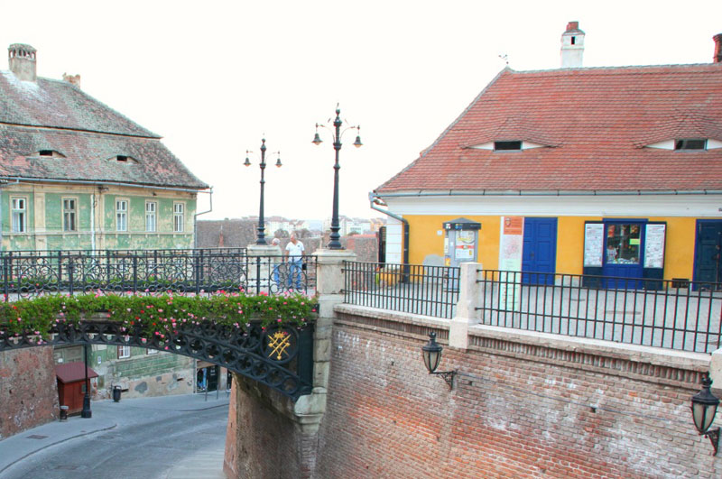neighborhood looks suspicious liars bridge sibiu romania Picture of the Day: This Neighborhood Looks Suspicious