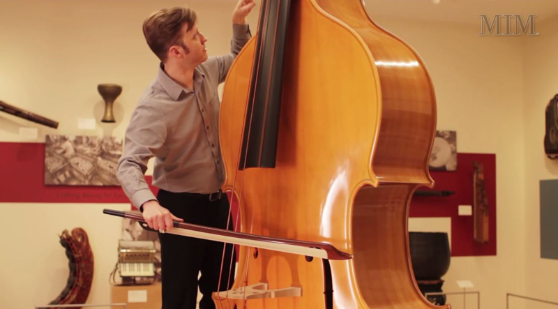 octobasse-makes-cello-look-like-violin