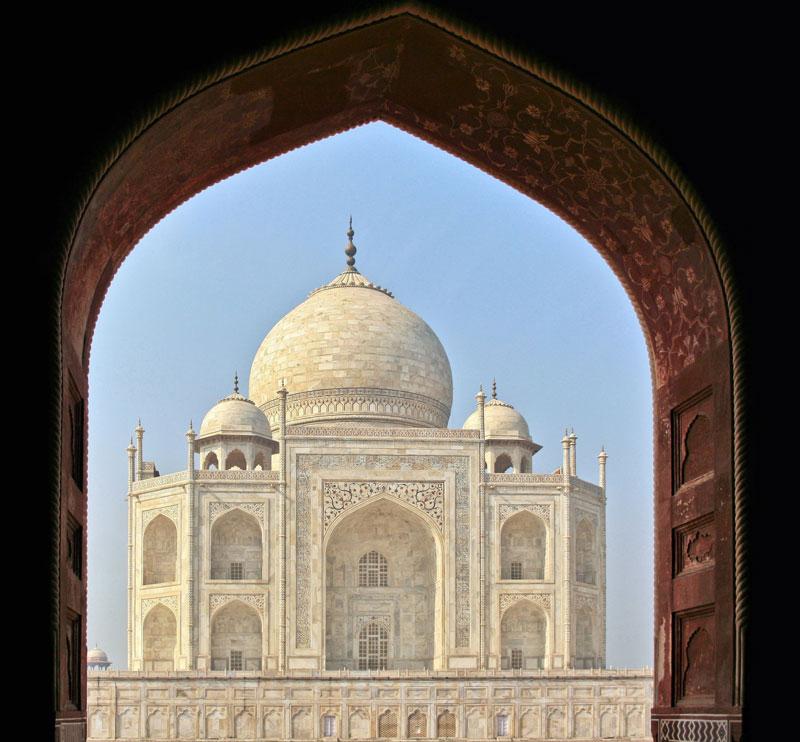Taj_Mahal-framed-Agra_India