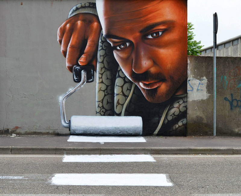 street-art-paint-rolling milan itlay by  cosimo cheone caiffa
