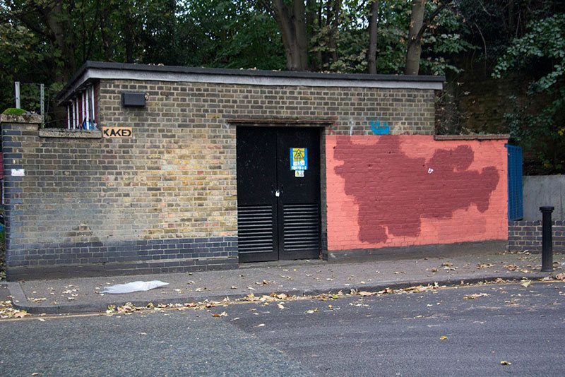 Street Artist mobstr and City Worker Have Year Long Exchange on Red Wall in London (13)