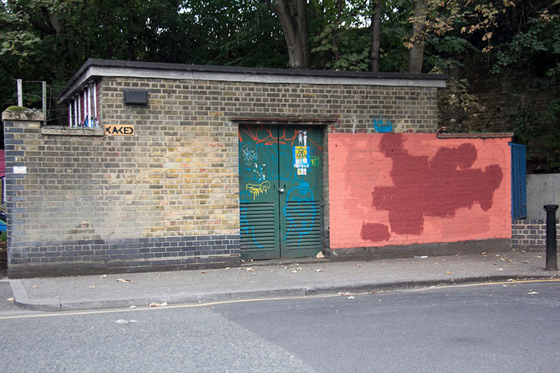 Street Artist mobstr and City Worker Have Year Long Exchange on Red Wall in London (4)