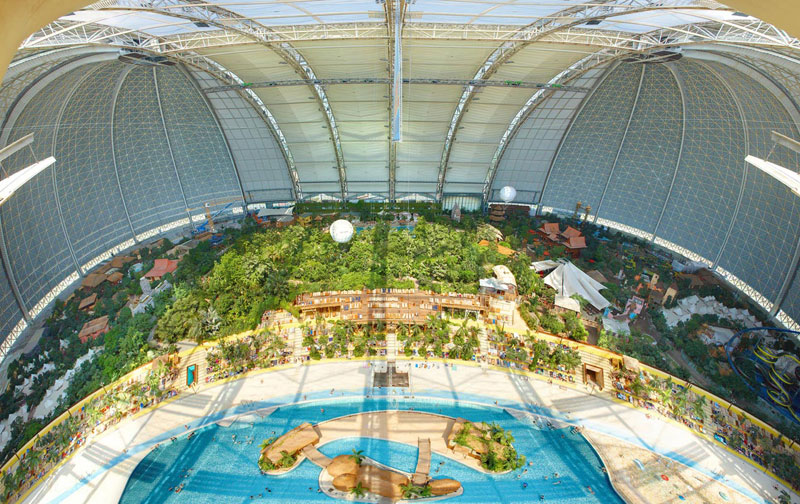 tropical islands resort the Giant Waterpark Inside an Old German Airship Hangar (23)