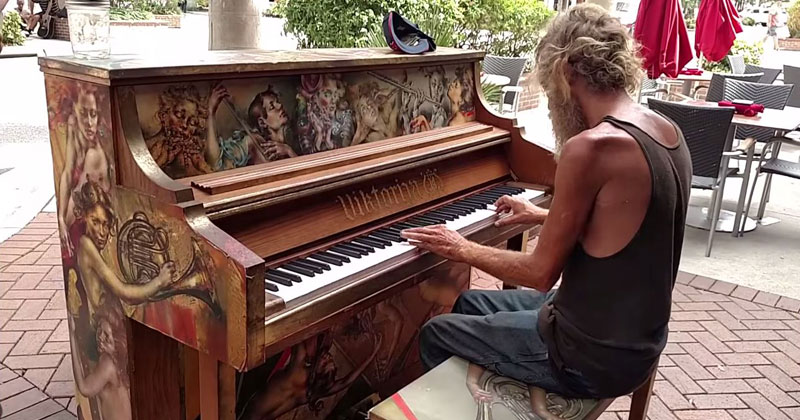 Homeless Man Plays Styx's 'Come Sail Away' on Outdoor Piano