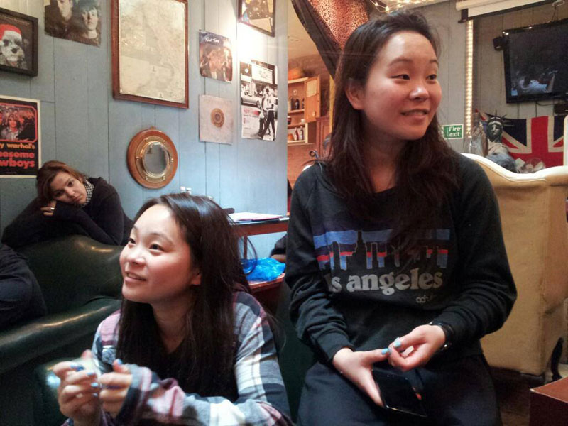 identical adopted twins separated at birth samantha futerman anais bordier (2)