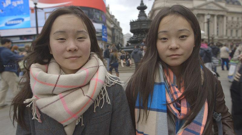 identical adopted twins separated at birth samantha futerman anais bordier (9)
