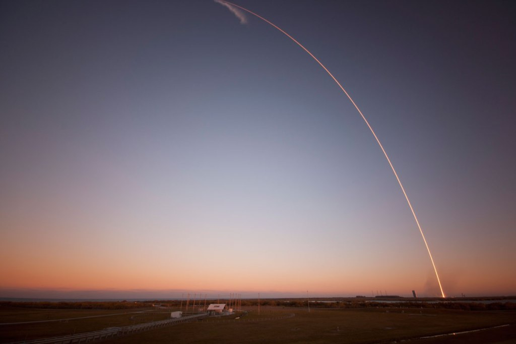 launching dscovr (4)