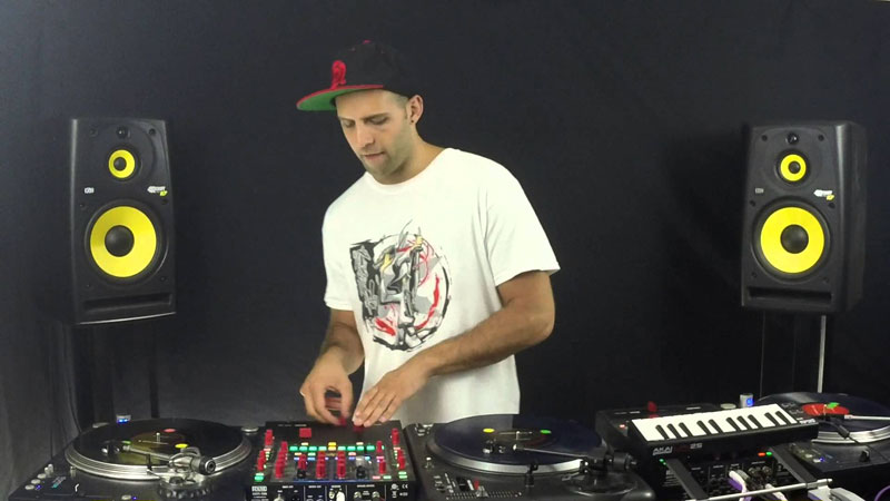 This DJ Routine is Unreal
