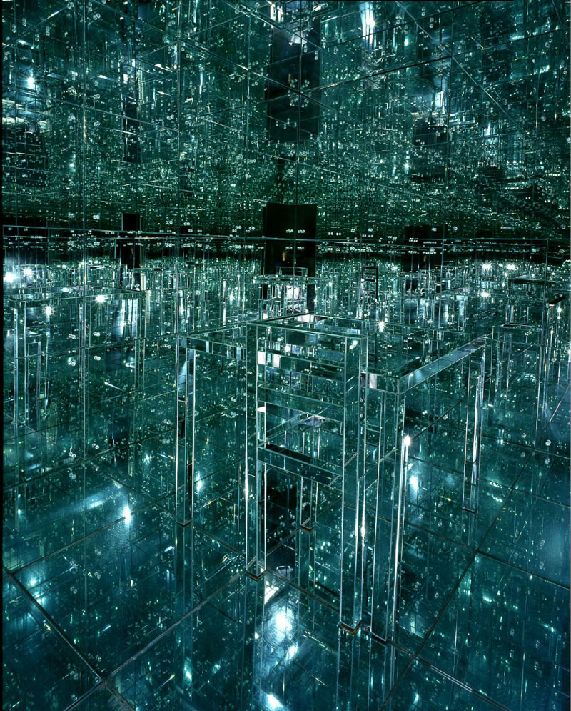 Lucas Samaras 1966 Mirrored Room Is Still Awesome Today
