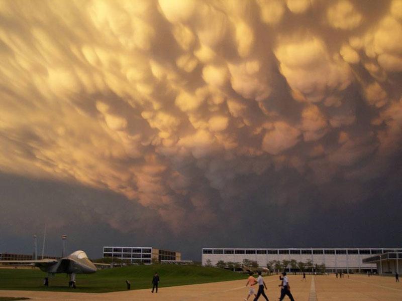 mammatus-clouds-(6)
