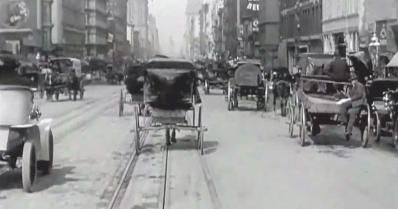 Remarkable Video from 1906 Shows San Fran's Market Street Days Before the Earthquake